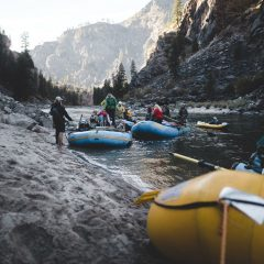 What happens during an afternoon rafting session ?